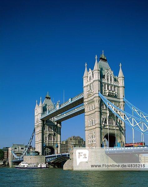 England  Deutschland  Großbritannien  Urlaub  Landmark  London  Themse  Tourismus  Towerbridge  Reisen  Urlaub