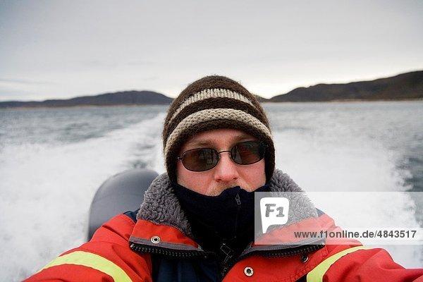 Portrait  Passagier  Rennboot  Einsamkeit
