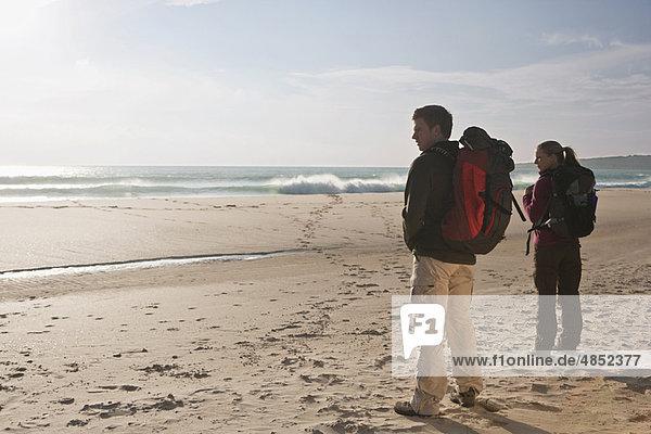 Strand  Rucksackurlaub  jung