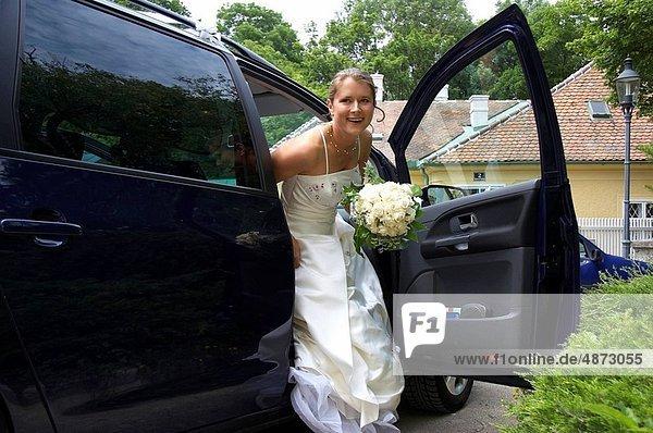 Braut  Auto  bekommen