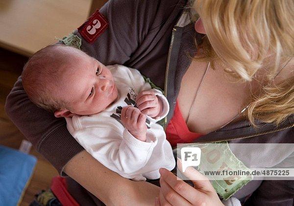 jung  Mutter - Mensch  Baby