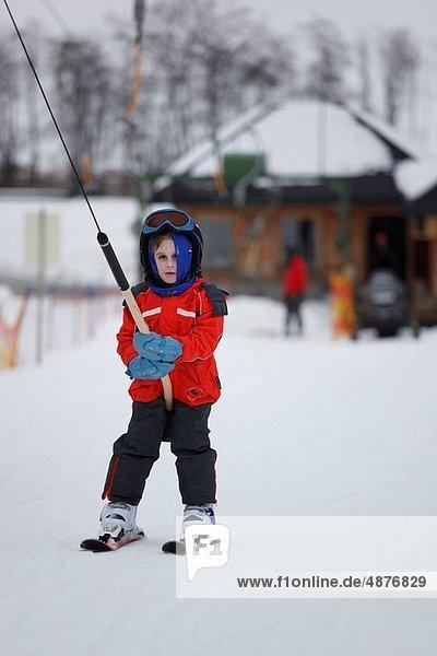 Junge - Person  klein  Skisport