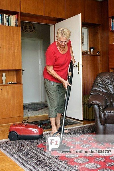 Senior Senioren Staubsauger