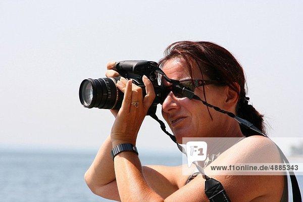 a female photographer