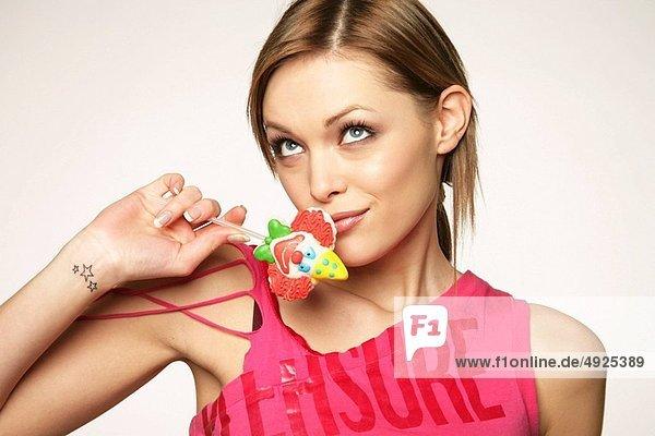 Woman bonbon