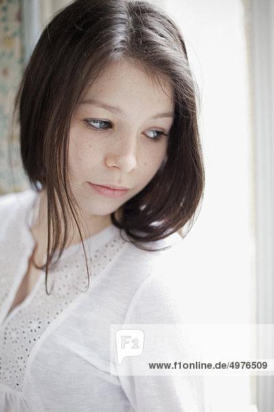Portrait  Jugendlicher  Mädchen