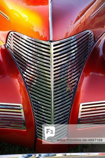 Lifestyle  Sportwagen  Antiquität  Retro  Auto  glänzen