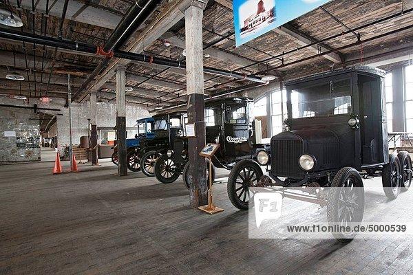 Auto Gebäude Modell Pflanze Museum reparieren Original Komplexität Anfang bauen sprechen Größe Allee Detroit Ford Erbe Michigan