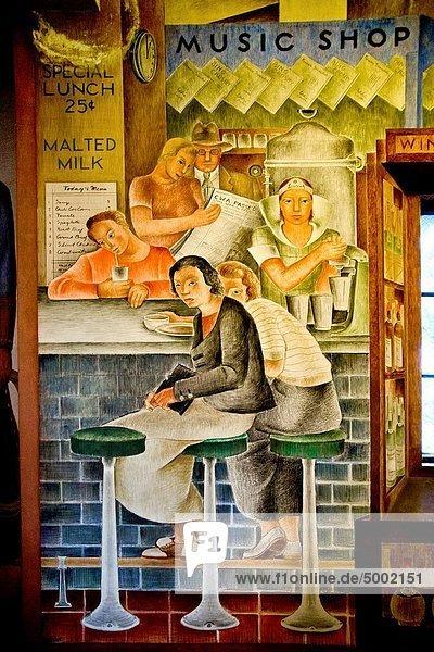 Feuerwehr  Eingangshalle  Frau  Lifestyle  Depression  geselliges Beisammensein  Produktion  Laden  schmücken  Kalifornien  Kunst  groß  großes  großer  große  großen  Zeichnung  Künstler  Tresen  Freske  Mittagessen
