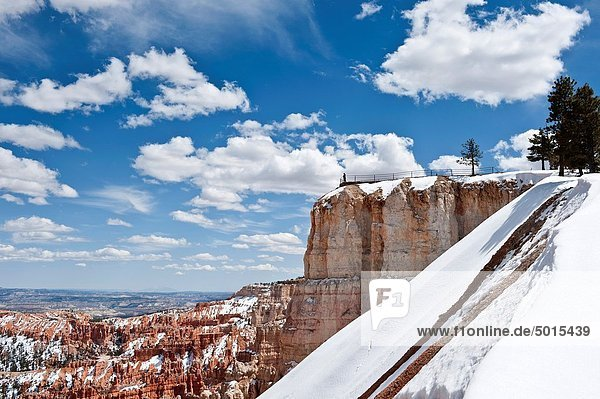 Scenic view of Upper Inspiration Point  Bryce Canyon national park  Utah  USA