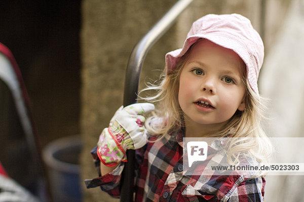 Handschuh  Gartenbau  Kleidung  Mädchen