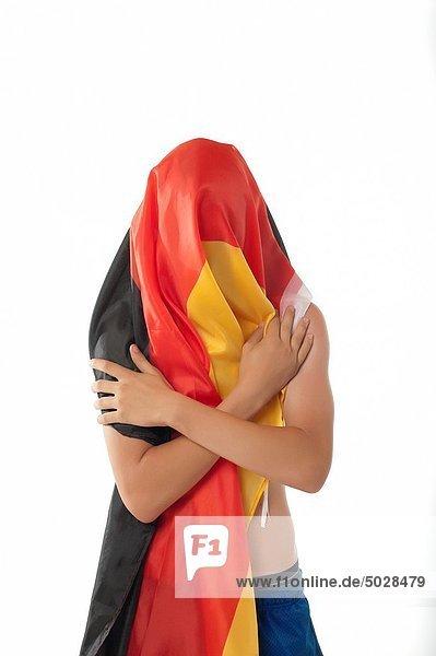 Mann  Fahne  jung  Deutschland  umwickelt
