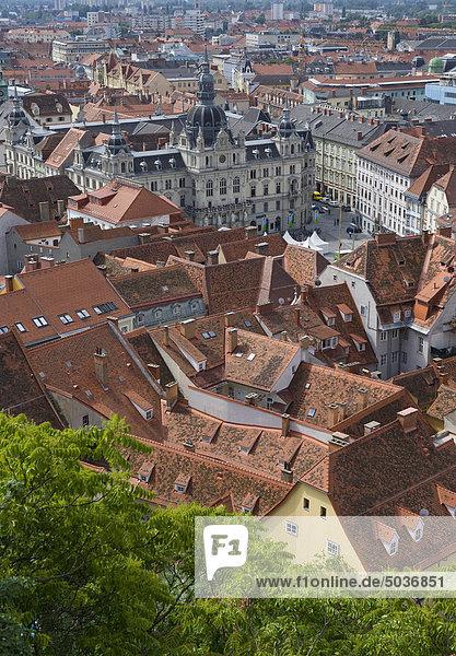Österreich  Steiermark  Graz  Altstadtansicht mit Rathaus