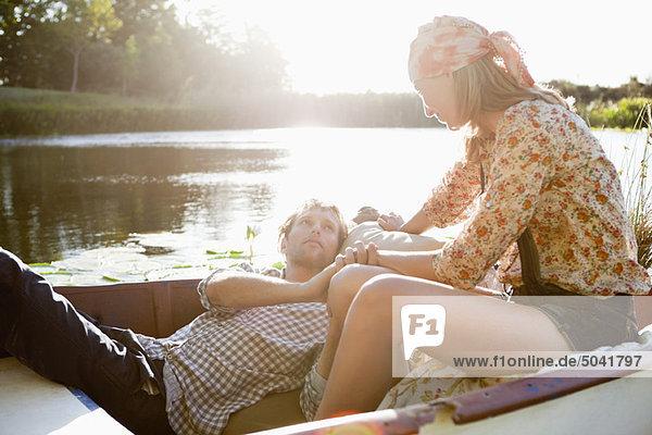 Liebespaar im Boot