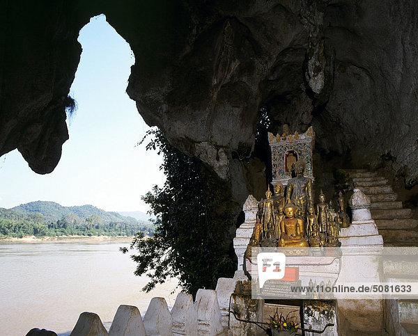Laos  Pak Ou caves