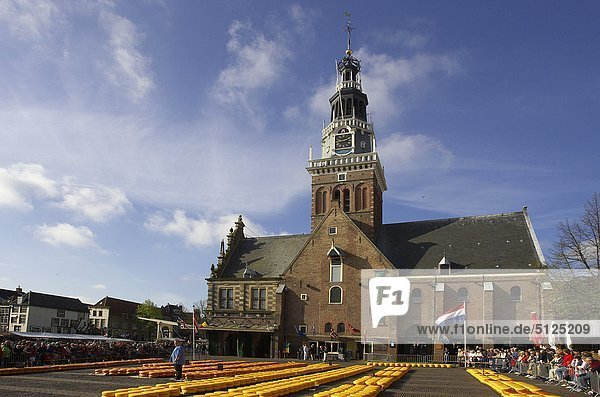 Käse-Markt Europas  Niederlande  North Holland  Alkmaar  Waagplein square