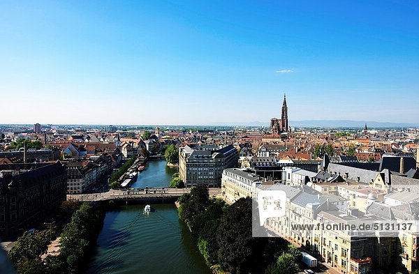 German district with Ill river panorama  Strasbourg  Alsace  France