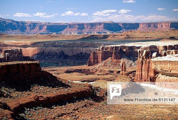 Vereinigte Staaten von Amerika  USA  grün  weiß  Fluss  Schlucht  Utah