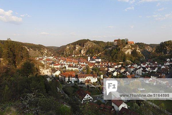 Deutschland  Bayern  Franken  Oberfranken  Fränkische Schweiz  Pottenstein  Stadtansicht