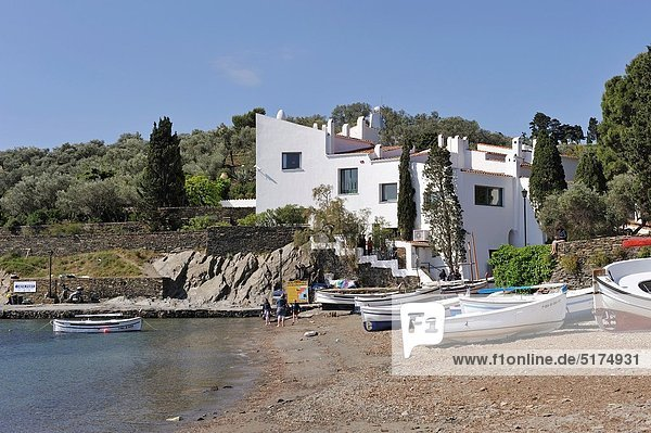 Dali´s Casa-Museu museum  harbour of Portlligat  Cap Creus  Costa Brava  Catalonia  Spain  Europe