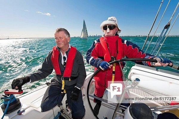 gehen  Ozean  steuern  Yacht  Kapitän