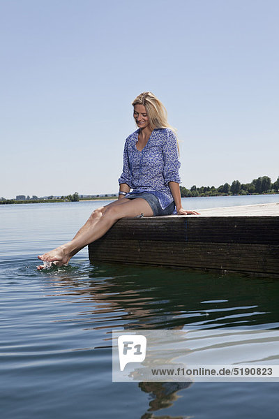Frau  Entspannung  Dock