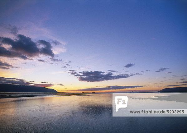 Sonnenuntergang am Meer  Island