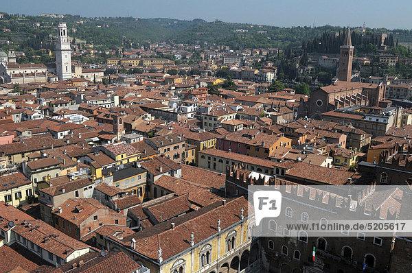 Italy  Veneto  Verona  town view