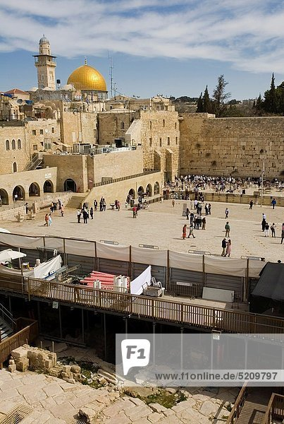 On background Dome of the Rock  Western Wall  Wailing Wall  Old City  Jerusalem  Israel  Middle East.