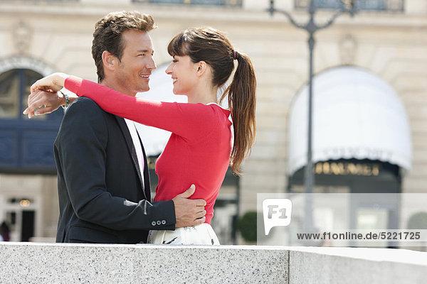Romantic couple on a street  Paris  Ile-de-France  France
