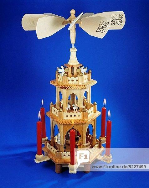 Religion  Christentum  Weihnachten  Kerze  Fest  festlich  Weihnachtsdekoration  Weihnachtspyramide