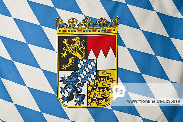 Bayern-Flagge  weiße und blaue Rauten mit bayerischem Wappen
