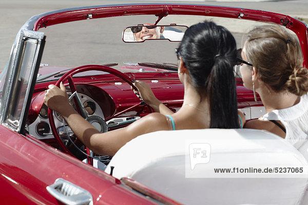 Frau , Cabrio , fahren , Retro