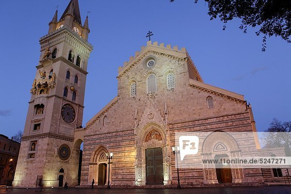 The cathedral of Messina  Sicily  Italy