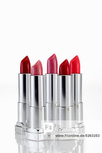 Fünf Lippenstifte