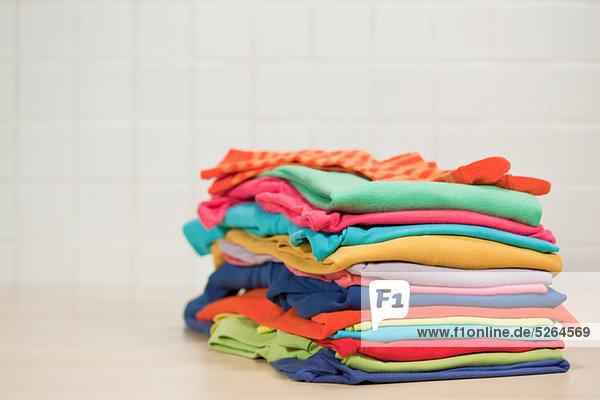Stapel saubere Wäsche