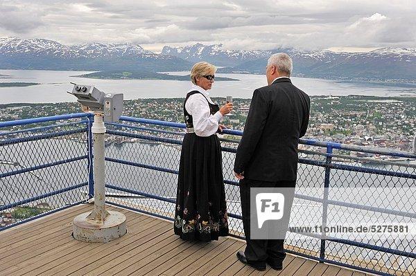 hoch  oben  Panorama  Berg  Norwegen  Terrasse  Nordeuropa  Tromso