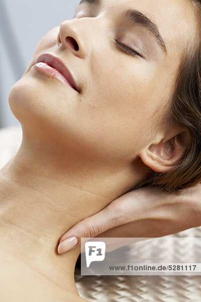 Close up of Kopf und Nacken-massage