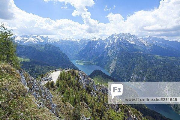 Blick über den Königsee zu den Berchtesgadener Alpen  Deutschland Blick über den Königsee zu den Berchtesgadener Alpen, Deutschland