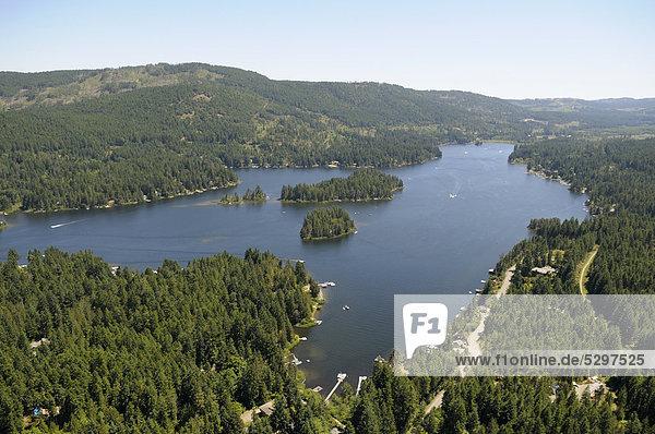 Luftaufnahme  Shawnigan Lake See  Vancouver Island  British Columbia  Kanada