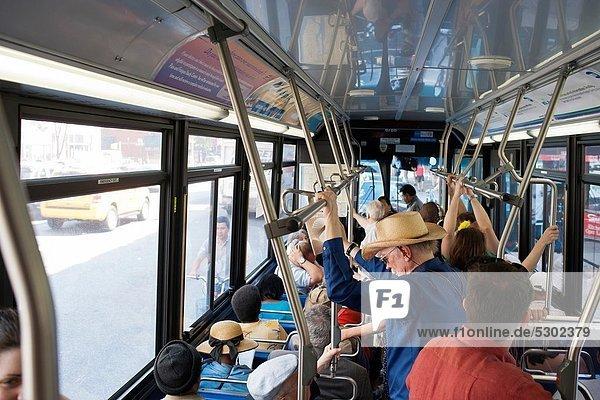 Autorität  Transport  Großstadt  Pendler  Omnibus  Menschenmenge  neu