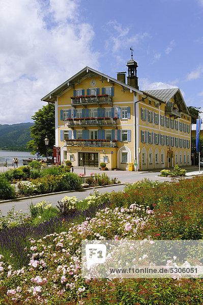 Rathaus Tegernsee  Oberbayern  Bayern  Deutschland  Europa