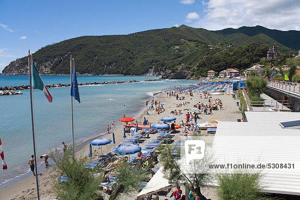 Beach of Moneglia  Genoa Province  Liguria  Italian Riviera or Riviera di Levante  Italy  Europe