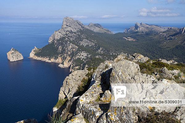Europa Mütze Insel Kap Formentor hinaussehen Balearen Balearische Inseln Mallorca Mittelmeer Spanien