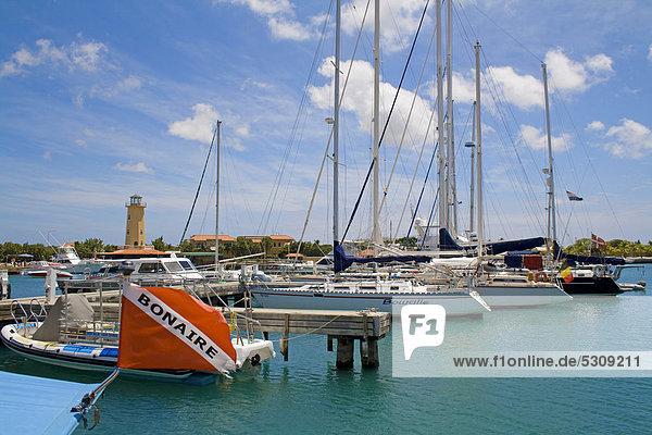 Jachthafen  Sportboot-Hafen  Kralendijk  Bonaire  Niederländische Antillen  Antillen  Karibik