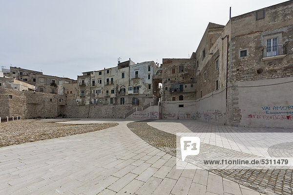 Europa Stadt Geschichte Ignoranz Apulien Gargano Italien