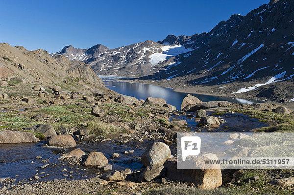 Landschaft bei Tasiilaq oder Ammassalik  Ostgrönland  Grönland