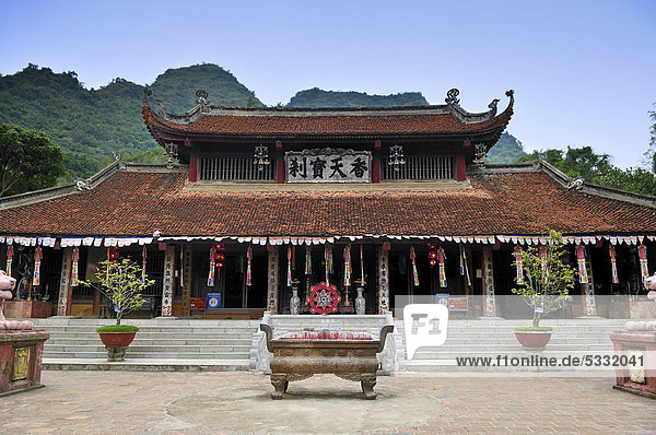 Thien Tru Pagode  Parfumpagode  bei Ninh Binh  Halong Bucht  Vietnam  Südostasien  Asien