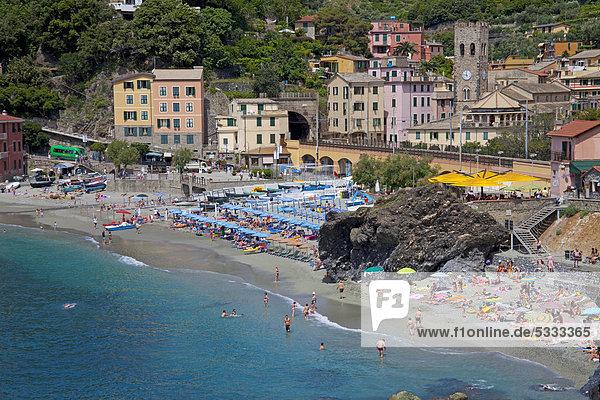 Nationalpark Europa Strand Dorf Sand angeln Monterosso al Mare UNESCO-Welterbe Cinque Terre Italien Ligurien Stute Provinz La Spezia