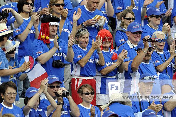 Französische Fans  Zuschauer  Viertelfinale Davis Cup 2011  Stuttgart  Baden-Württemberg  Deutschland  Europa